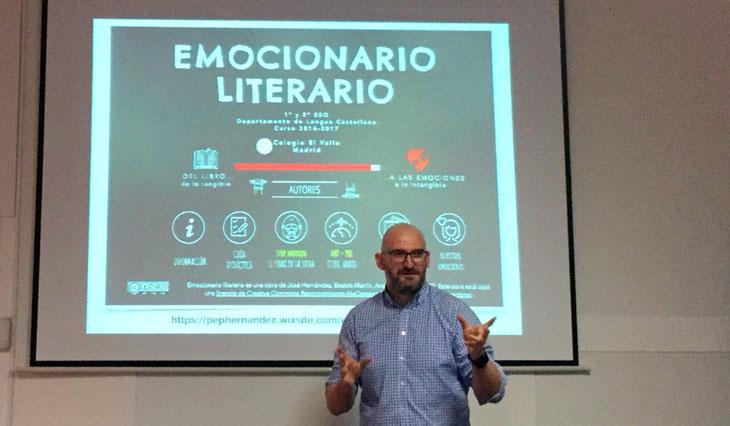 José Hernández muestra nuestro emocionario literario ante los docentes de Canarias