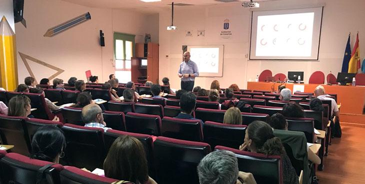 José Hernández presenta ante el público canario nuestro modelo de educación en proyectos